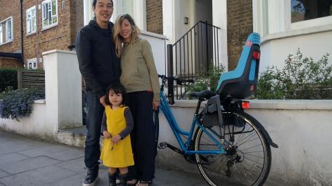 Mobile Library - Flavia & family borrowing a bike + child seat