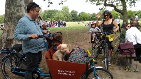 Bakfiets Short cargobike on special offer hire rate £100 for up to 2 weeks