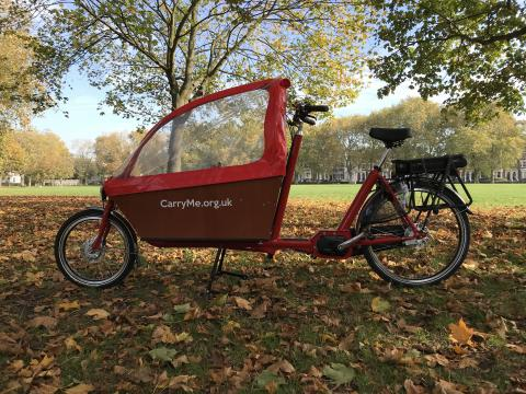 Azor Bakfiets Long with electric-assist