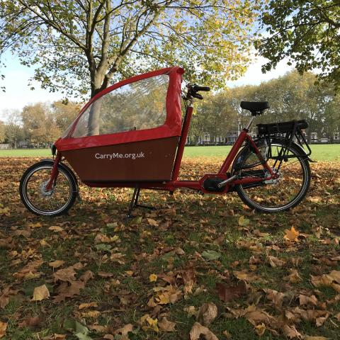 Bakfiets Long with e-assist