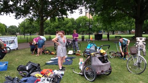Hackney Family Cycling Library in London Fields in action